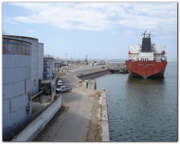 buque-tanque-pq01